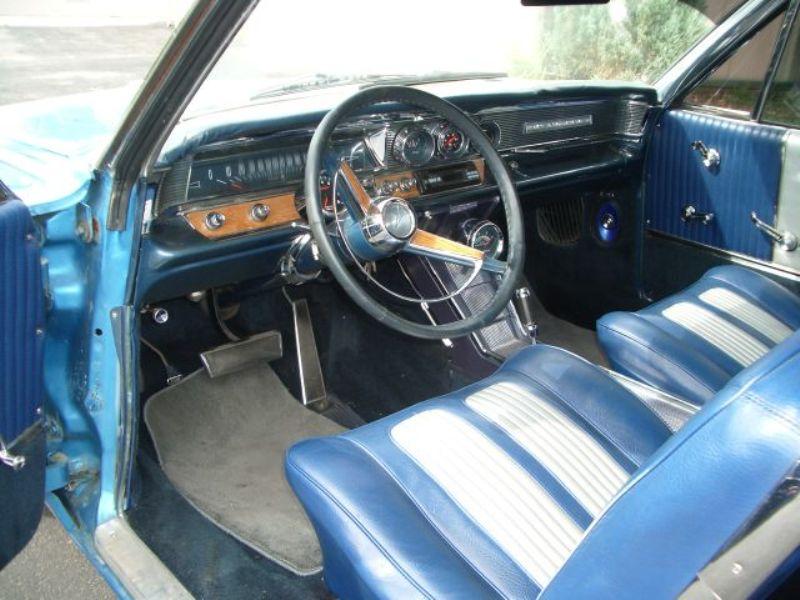 1964 Pontiac Grand Prix - Built 389, Correct $4,000 new interior, runs strong and looks great!